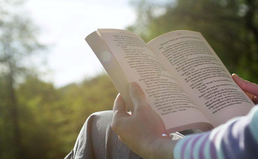 reading-books-825x510