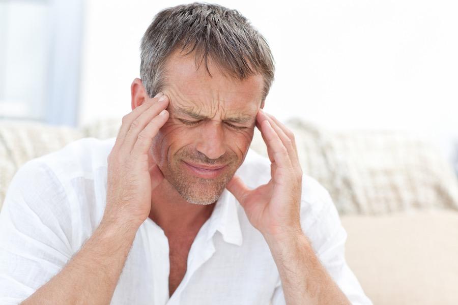 nedostatokot-od-vitamin-d-kaj-mazhite-predizvikuva-migrena