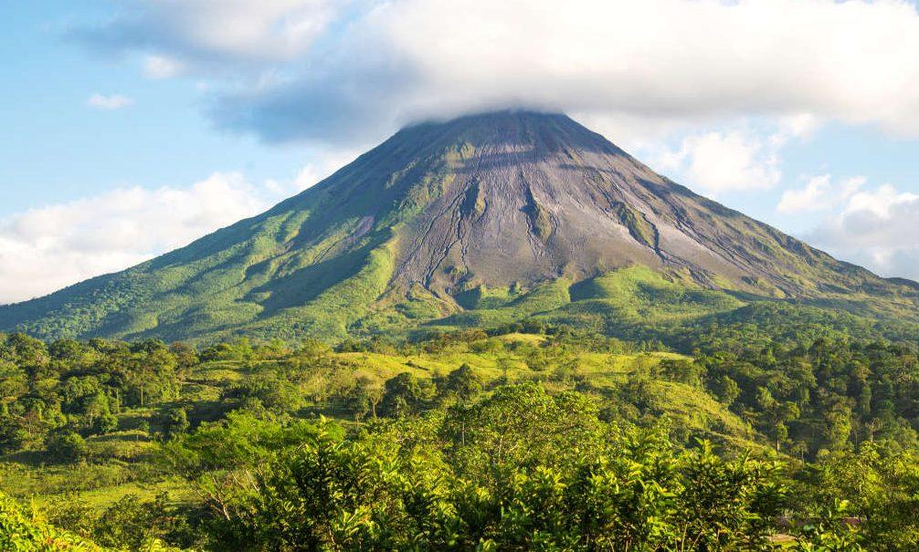 Костарика веќе 300 дена користи енергија од обновливи извори