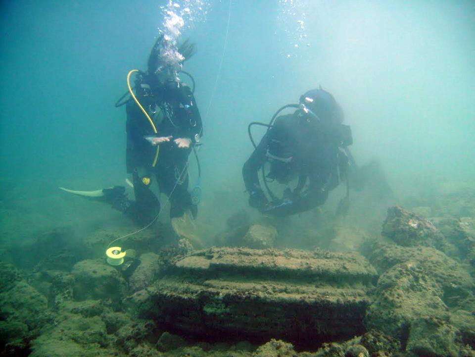 underwaterlo